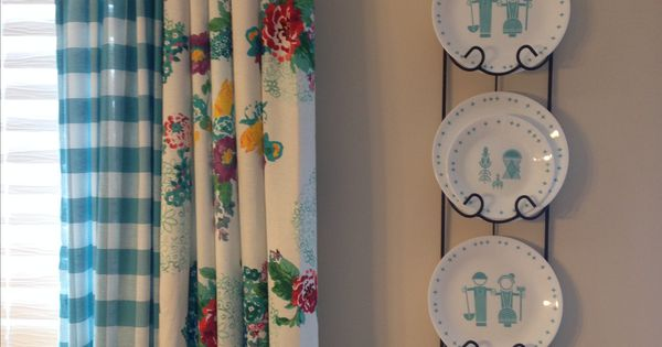 Pioneer Woman kitchen curtains using tablecloths  Farmhouse Kitchen Remodeling  Pinterest