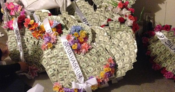 Money Wreaths Used For Lao Funeral Crafty Ideas