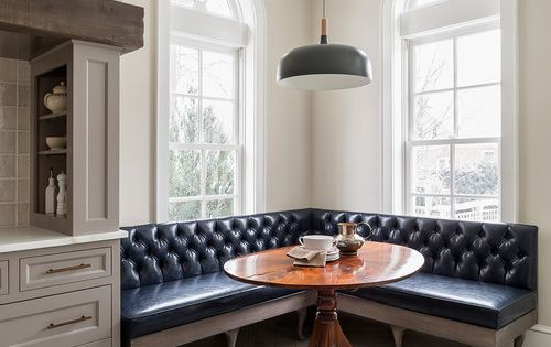 Banquette With Tufted Leather And A Round Table SPACES AND GEMS Pinterest More Banquettes