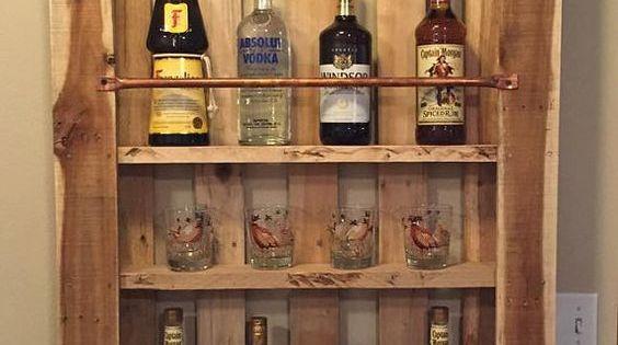 Rustic Pallet Wood Wall Shelf Liquor Cabinet Liquor Bottle