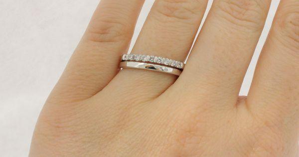 Ringe in Kombination Ein klassischer Weigoldring wird