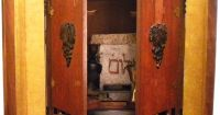 Haunted Objects: #9 The Dibbuk Box (contains ancient ...