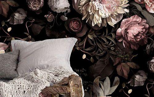 Behang met grote bloemen  Sheboezz  behang  Pinterest