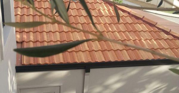 Solver Beaver Walls Black Trim Amp Terracotta Tiles