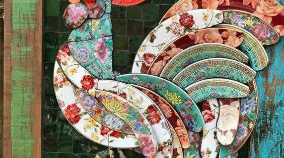Gorgeous use of broken plates Rooster Mosaic by Solange
