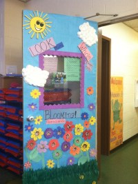 My preschool class- spring door decorations :) | School ...