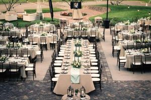 Wedding reception seating arrangements: Pros and cons for
