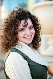 naturally curly hair shiny