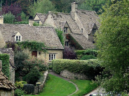 01e4d0702c5c7aa59a8c3b965409bbea - THE MOST BEAUTIFUL ENGLISH COTTAGES PICTURES STUNNING ENGLISH COUNTRY COTTAGES AND HOMES IMAGES