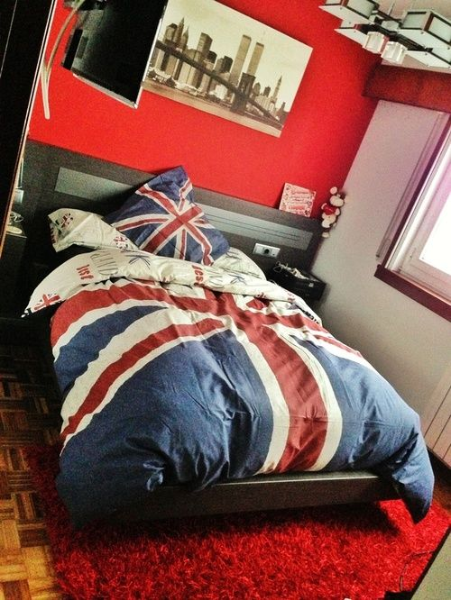 i have decided i want a british themed room  Regal Decor