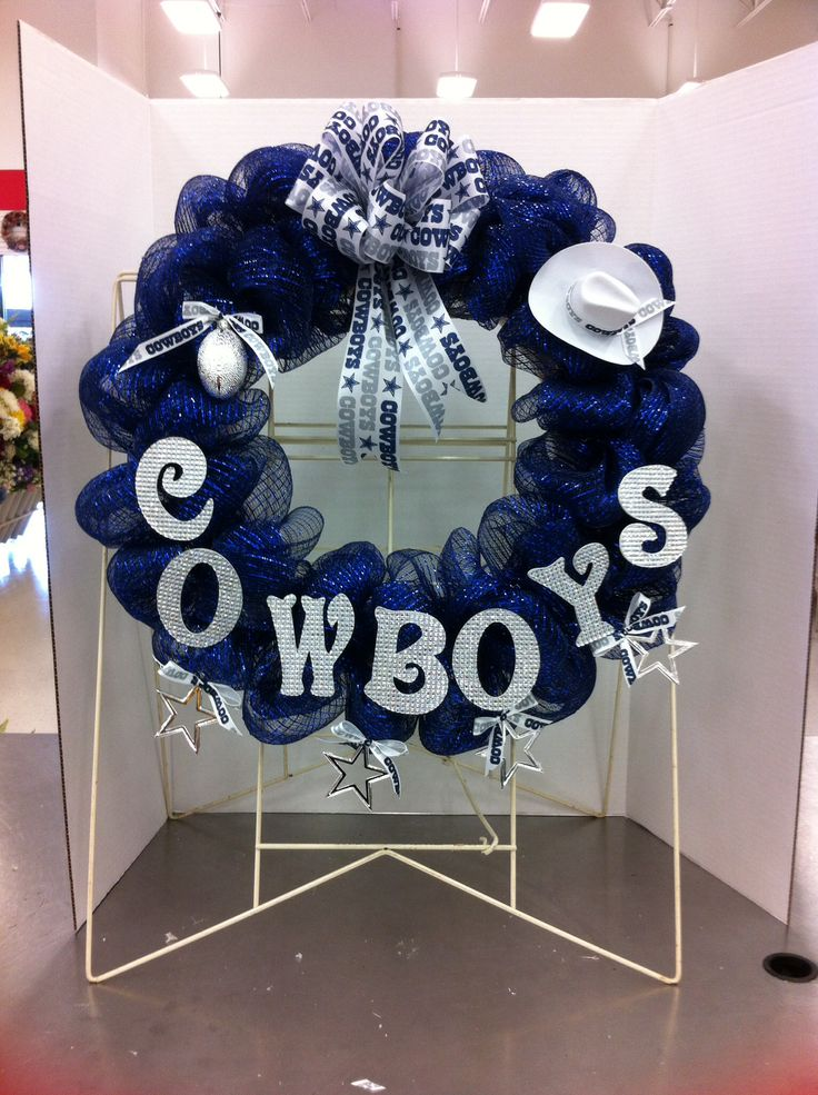 25 Best Ideas About Dallas Cowboys Wreath On Pinterest Cowboys Wreath Dallas Cowboys Crafts