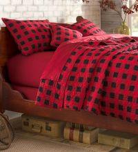 Best 25+ Plaid bedroom ideas on Pinterest | Lodge bedroom ...