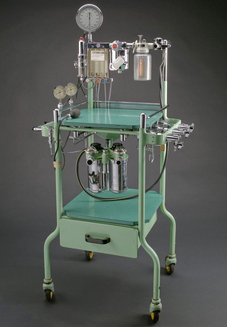 Boyletype anaesthetic machine England 19551965
