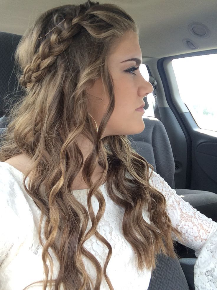 25 Best Ideas About Braided Homecoming Hairstyles On Pinterest