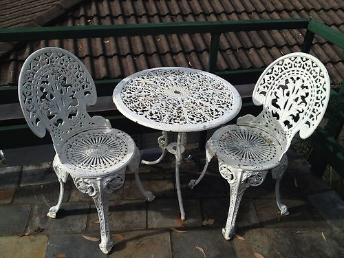 antique french bistro table and chairs folding chair rentals orlando 1000+ images about muebles de hierro on pinterest   iron patio furniture, wrought nassau
