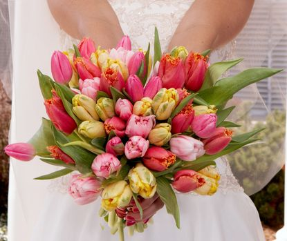 Spring wedding flowers – tulips are so bright and fresh! #spring #wedding #flowe