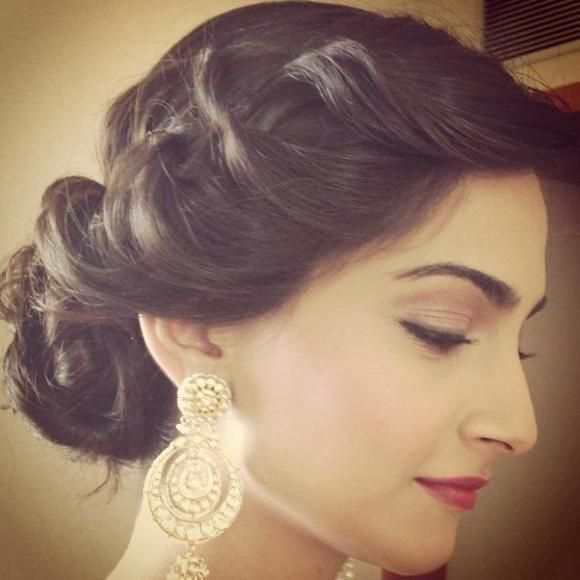 25 Best Ideas About Indian Party Hairstyles On Pinterest How