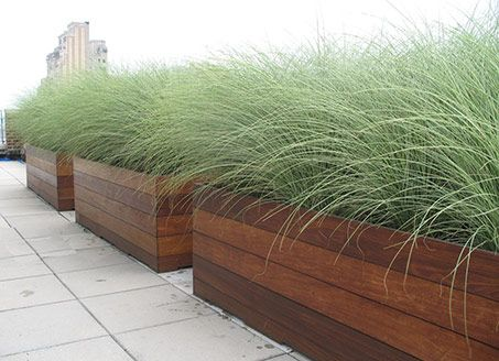 25 Best Ideas About Raised Planter Boxes On Pinterest Elevated