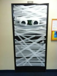 mummy door. wrapped in love. inspiration. decorations ...