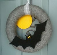 1000+ ideas about Felt Wreath on Pinterest | Yarn Wreaths ...