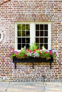 25+ best ideas about Window Boxes on Pinterest   Outdoor ...