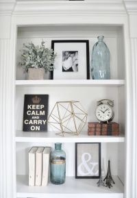 Best 25+ Decorating a bookcase ideas on Pinterest
