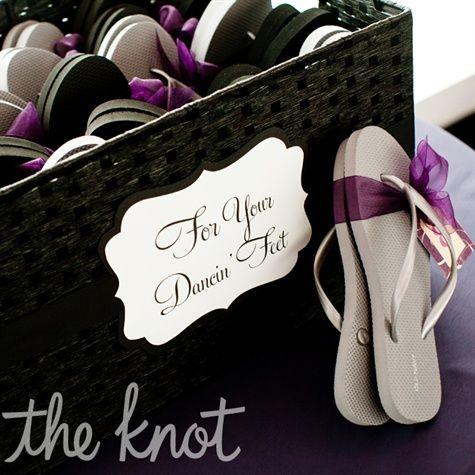 https://i0.wp.com/s-media-cache-ak0.pinimg.com/736x/04/95/5d/04955dcf1cc883fc5d8d895efe823f6c--wedding-dancing-shoes-purple-wedding-favors.jpg?ssl=1