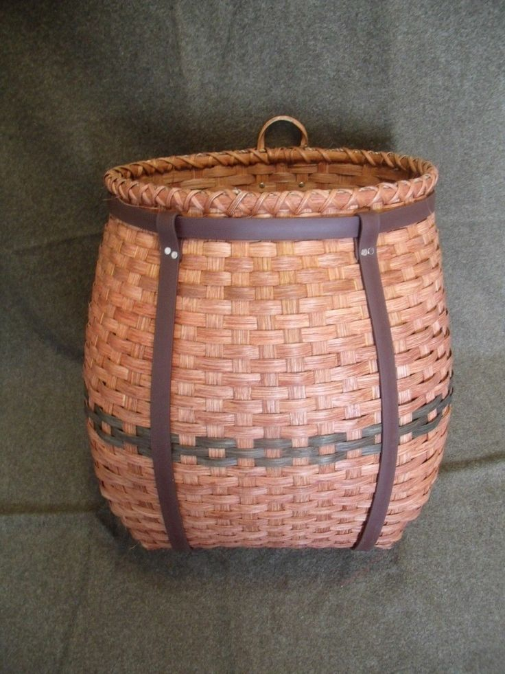Beautiful Amish Back Pack basket will fit 5 gal bucket