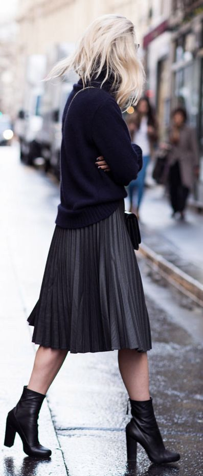 Midi skirts for a chic fall travel look / the love assembly #leatherweather