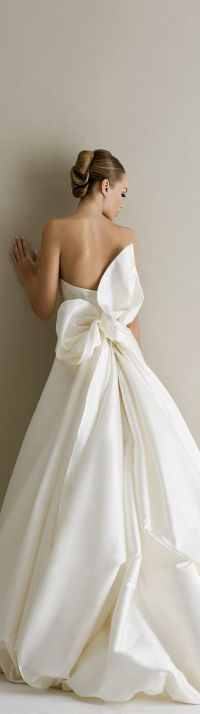 25+ best ideas about Bow wedding dresses on Pinterest ...