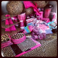 Hot pink and leopard print baby shower - I want to know ...