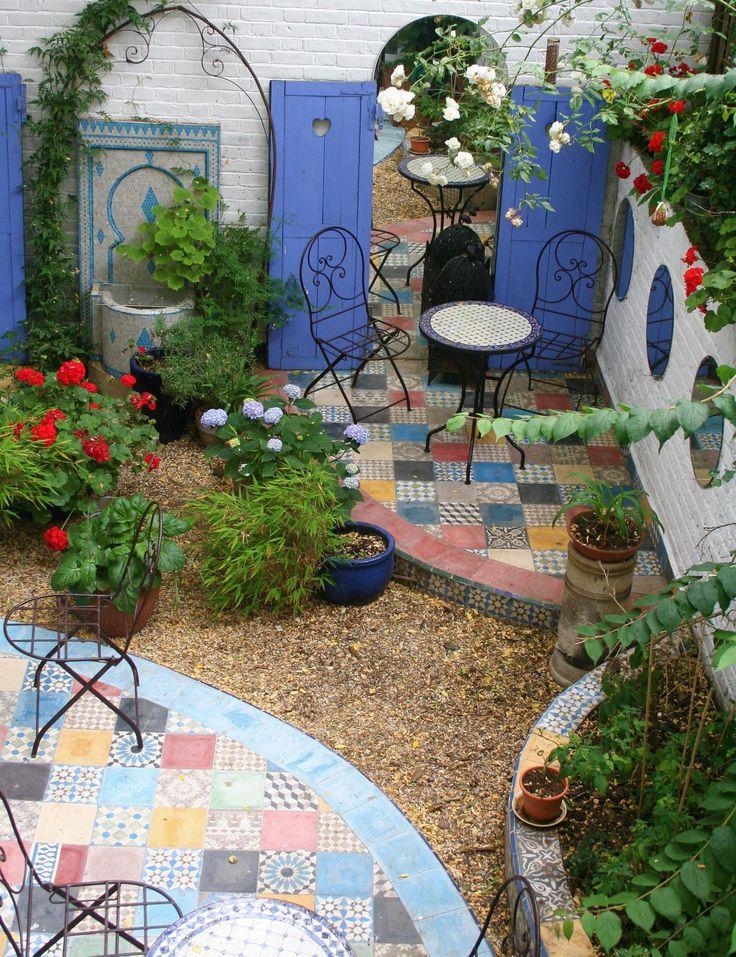 25 Best Ideas About Moroccan Garden On Pinterest Lanterns