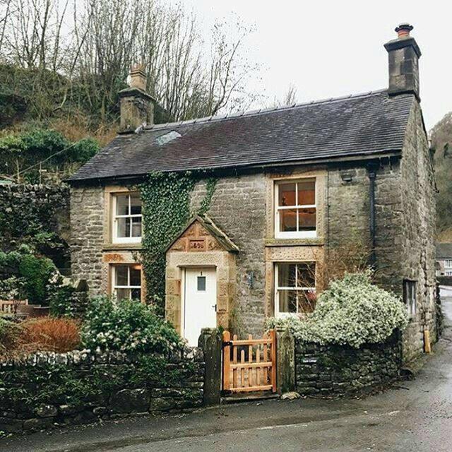 063f6c6b3924937c89f6bf965a8f6937 - THE MOST BEAUTIFUL ENGLISH COTTAGES PICTURES STUNNING ENGLISH COUNTRY COTTAGES AND HOMES IMAGES