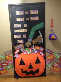 Halloween Classroom Door Decorations!!! | School walls ...