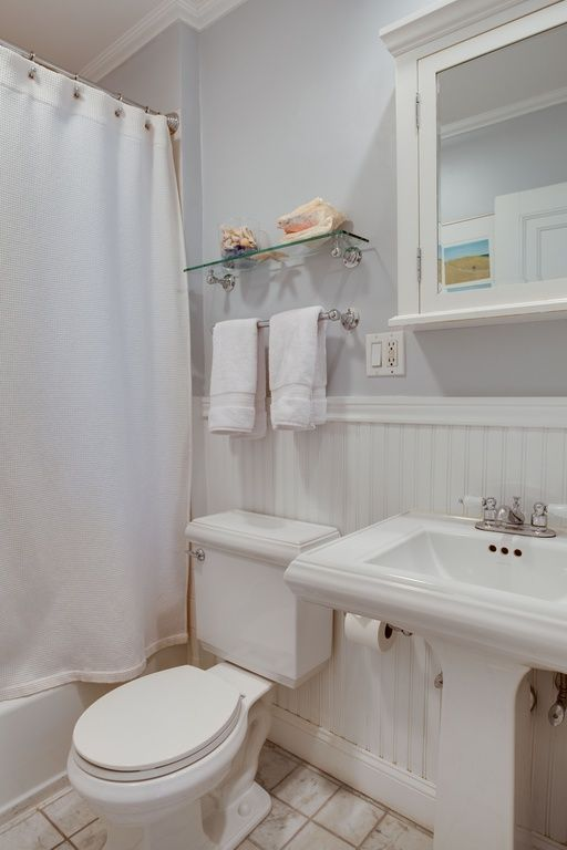 Cottage Full Bathroom with Wainscotting Kohler memoirs