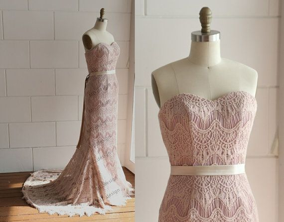 Vintage Dusty Pink/Blush Pink Eyelet Lace Wedding Dress