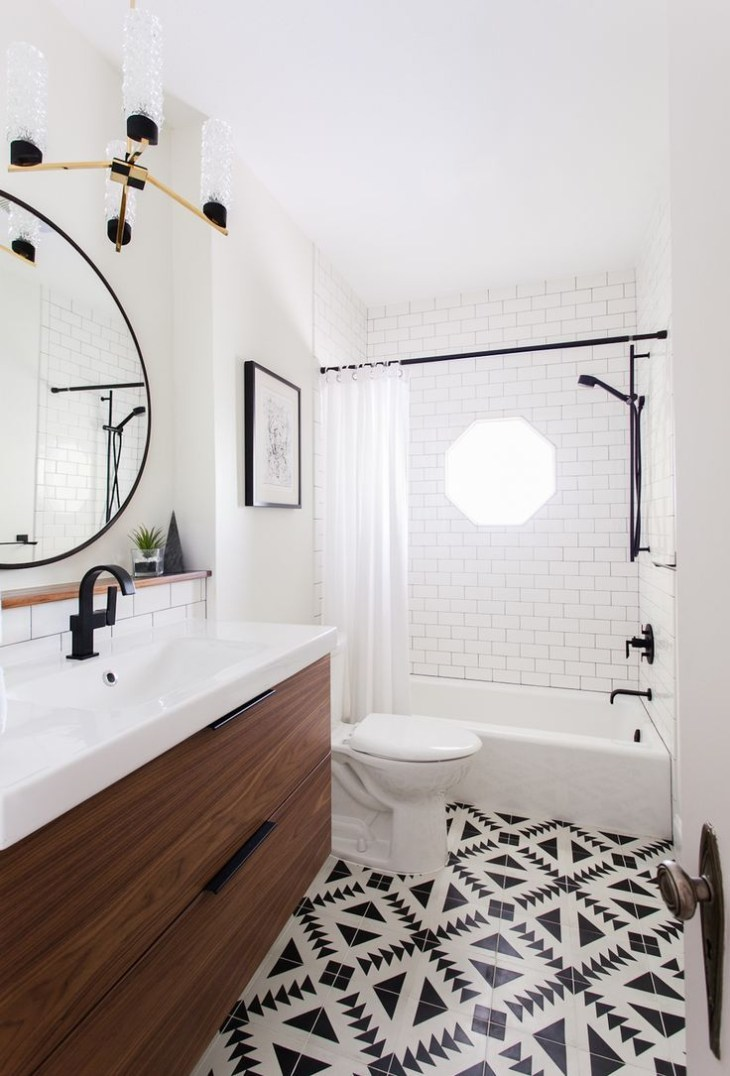 Small bathroom design // Patterned Floor // vanity //black detail | Home .  Bathrooms | Bathroom, Bathroom inspo, Beautiful bathrooms