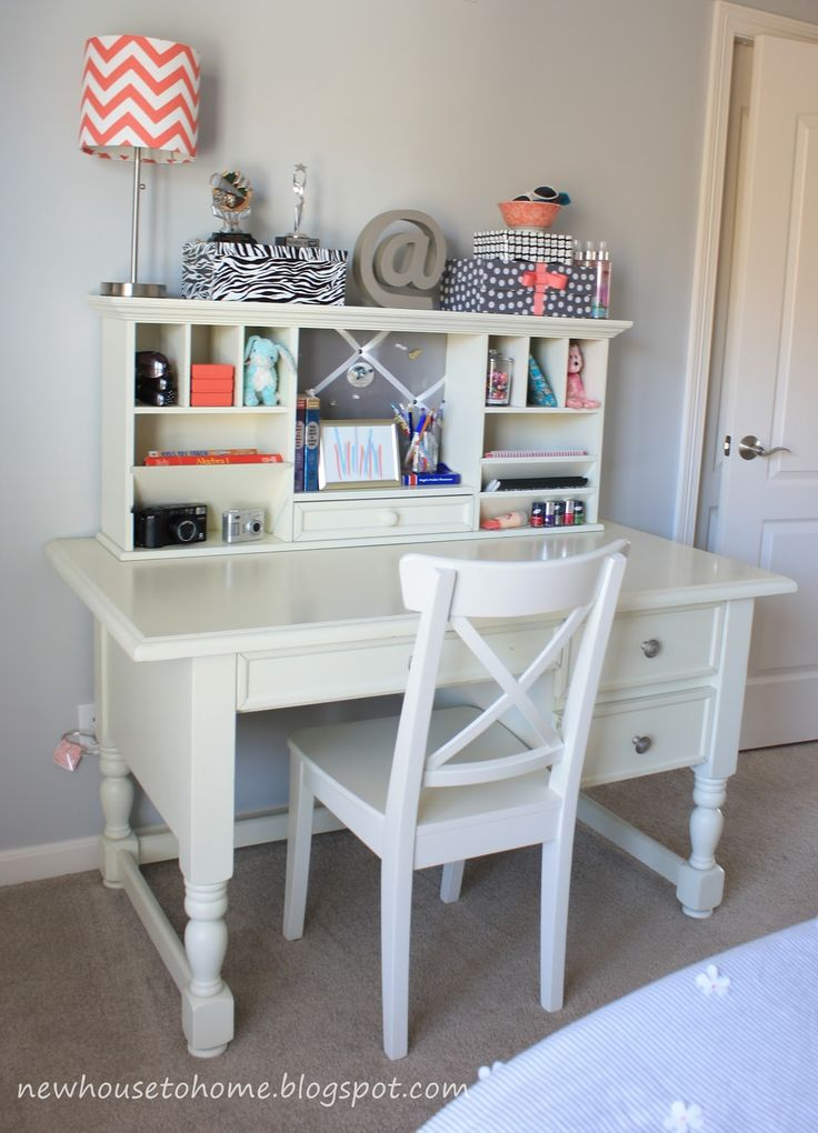 desk for girls room  Every teenage girl needs a place to be creative and do her homework