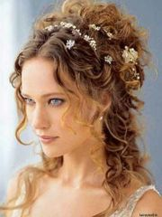 love medieval hairstyle