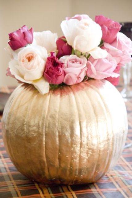 Metallic gold pumpkin rose centerpiece tutorial #cleverCAgrown: