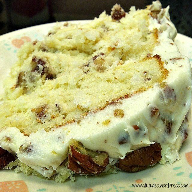 Quick Italian Cream Cake Ingredients 1 (18.5-ounce) package white cake mix with pudding 3 large eggs 1 1/4 cups buttermilk 1/4 cup