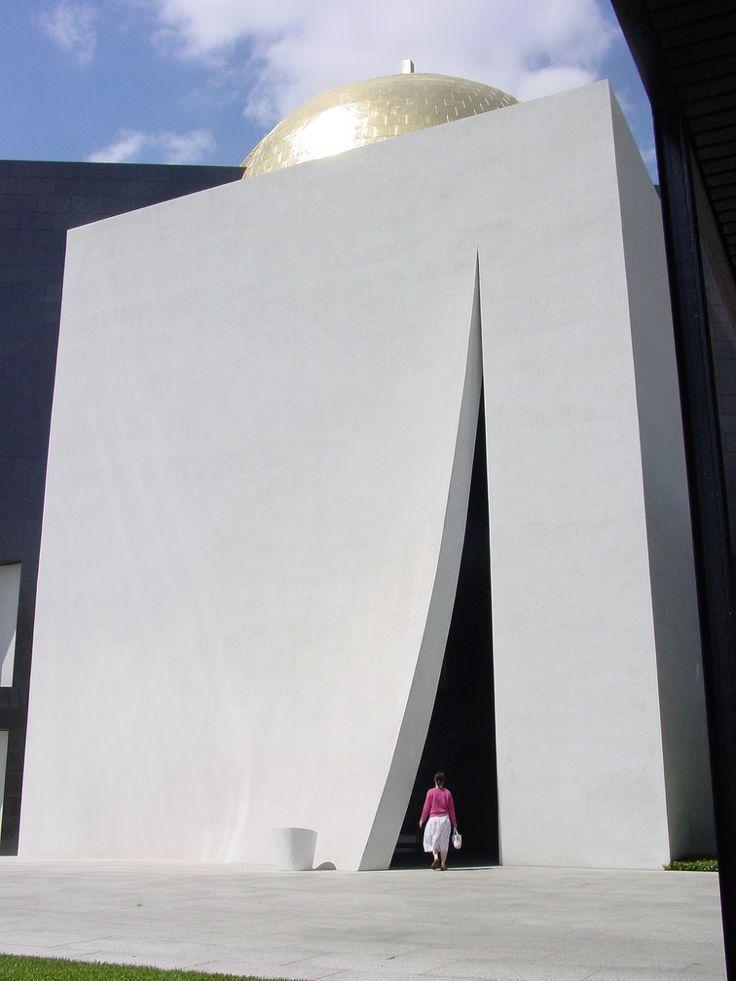 Chapel of St Basil Houston USA  Phillip Johnson