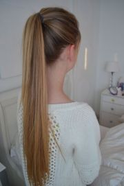 hair - ponytails & updo's