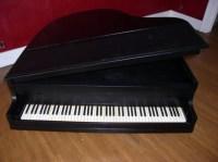 Piano shaped coffee table   Piano-themed things I love ...