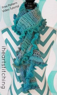 Best 25+ Crochet Scarf Tutorial ideas on Pinterest ...