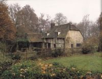 Elizabethan farmhouse. Built in the early 1500s with much ...