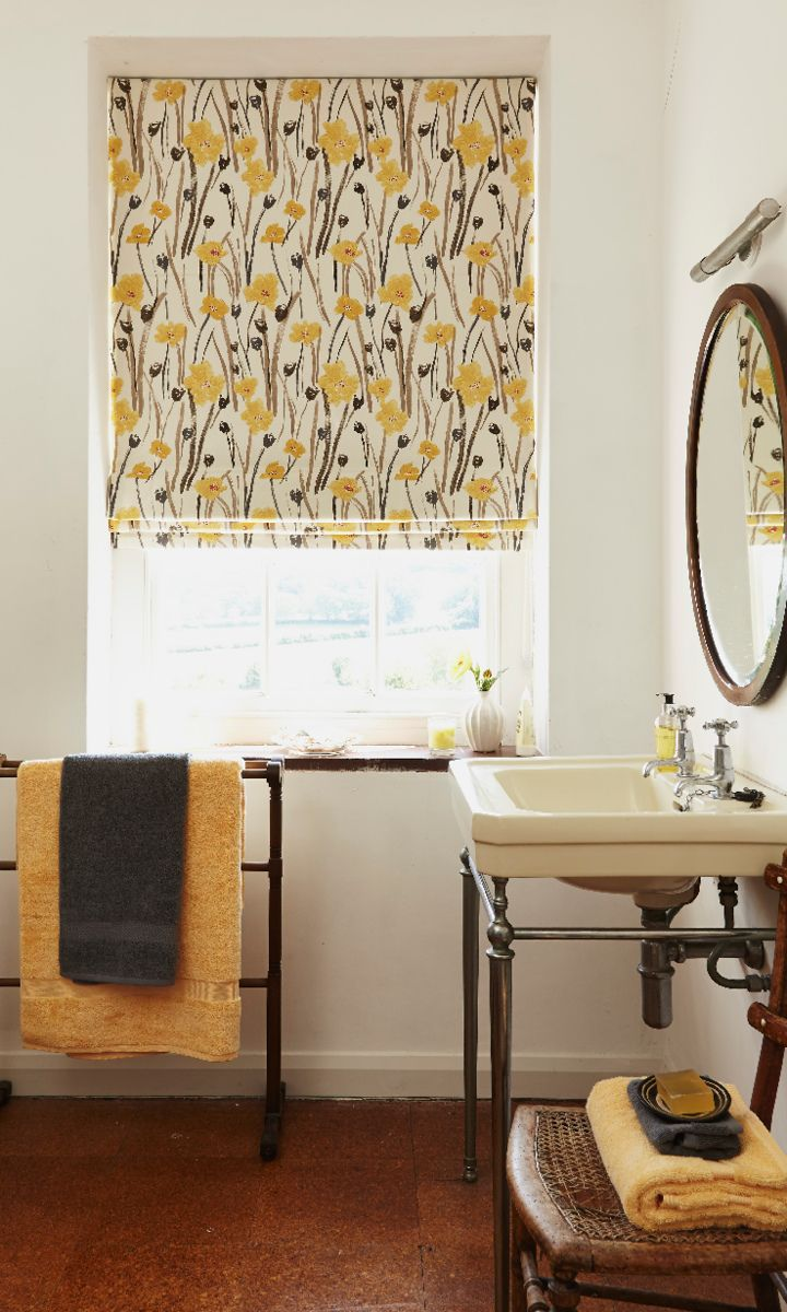 Wild Poppies Gold Roman blinds for your bathroom from