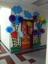 Best 25+ Dr seuss bulletin board ideas on Pinterest