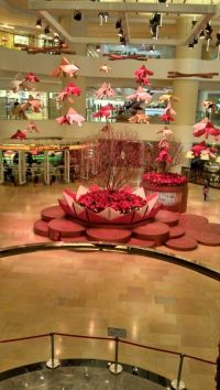 Casual shopping mall decorations | Chinese New Year ...