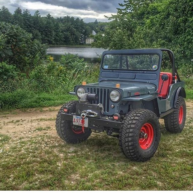 Best 25 Jeep Willys ideas only on Pinterest  Military jeep Jeep store and The uniform store